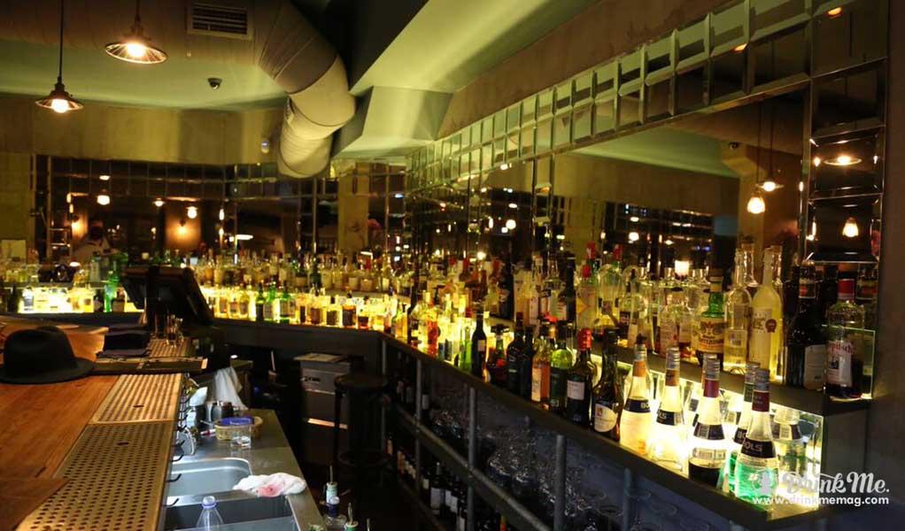 dead poet Best bars in st peterburg drinkmemag.com drink me