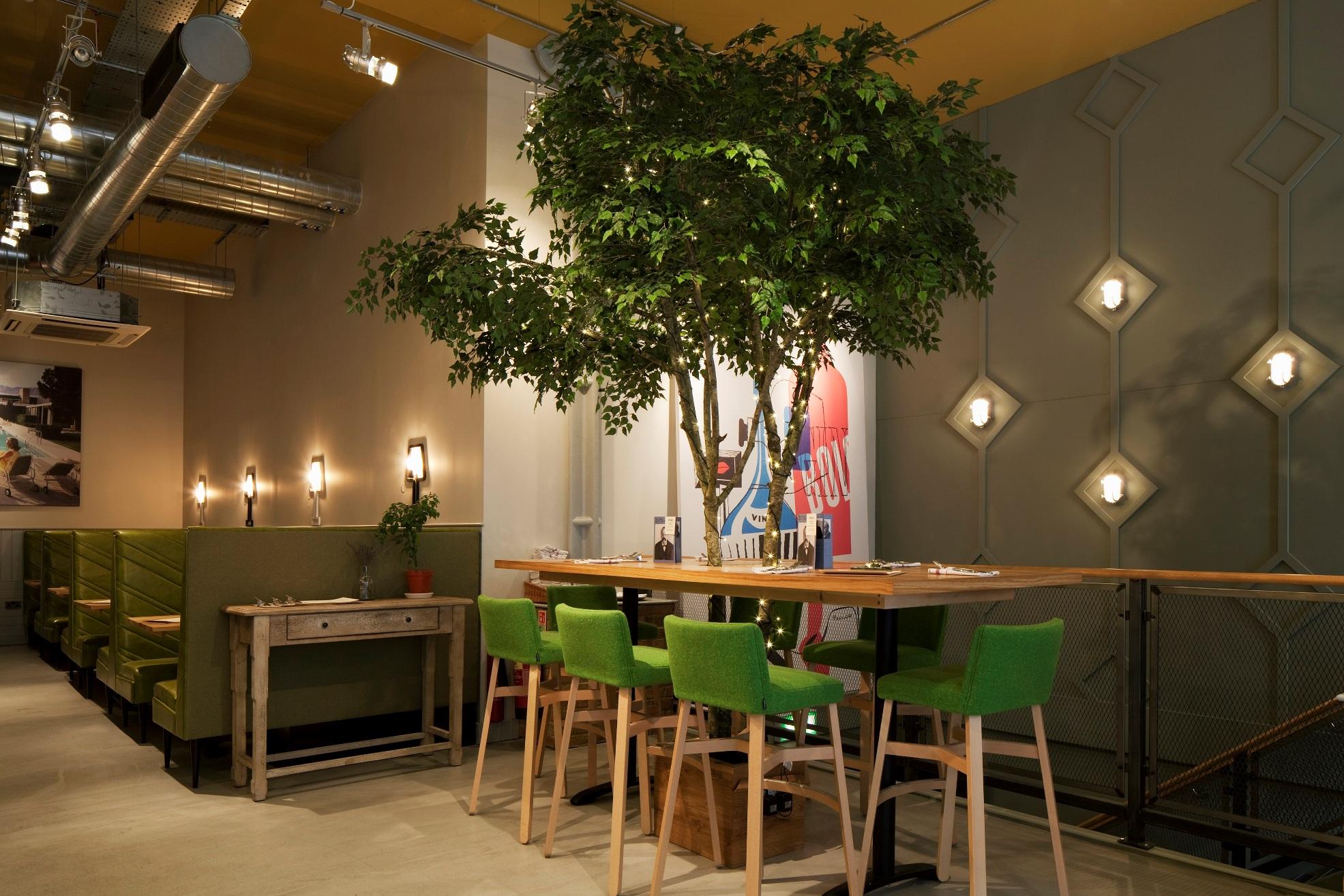 Jones-Family-Project-Ground-Floor-Bar-Smaller