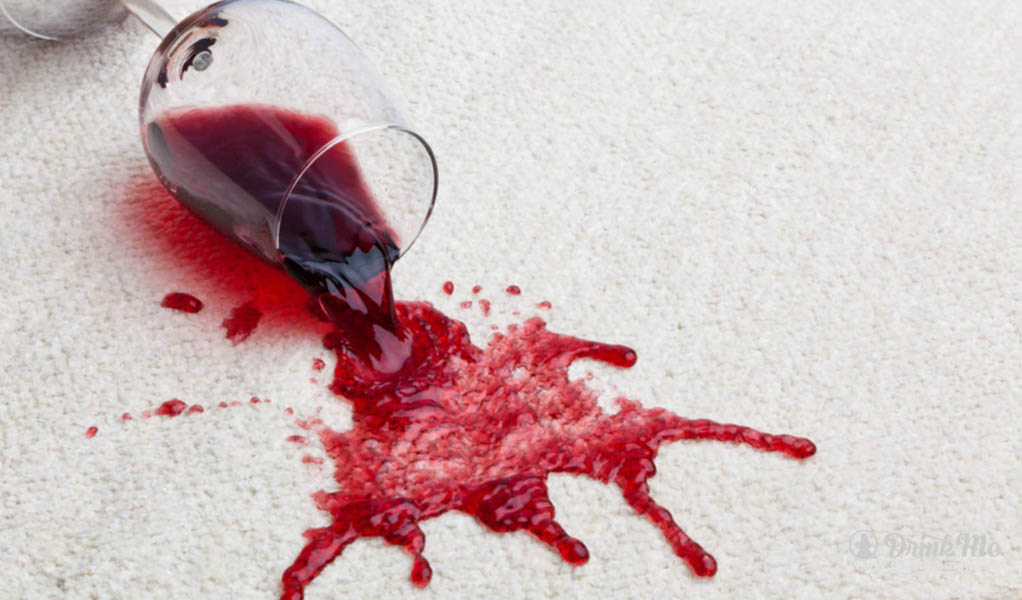 how-to-remove-red-wine-from-your-carpet-drinkmemag-com-drink-me-3