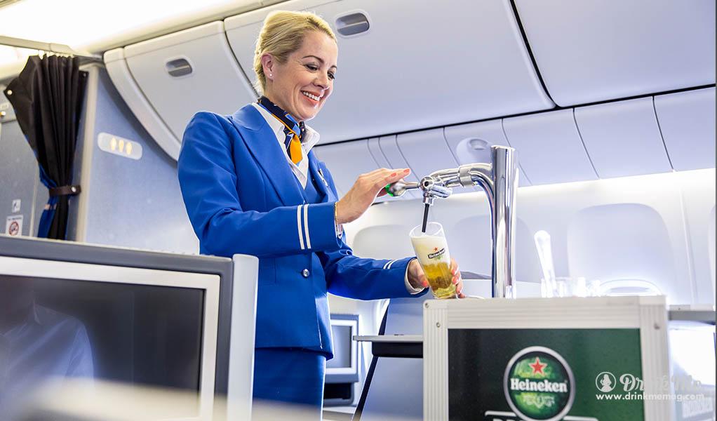 heinekin draft onboard KLM drinkmemag.com drink me1