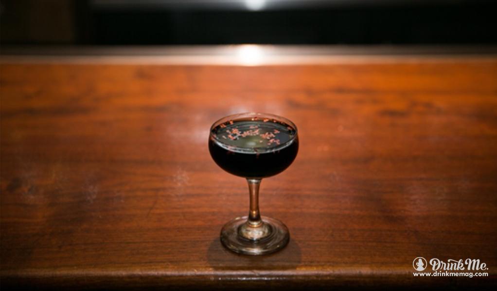 The Club Car Camisa Negra drinkmemag.com drink me The Club Car