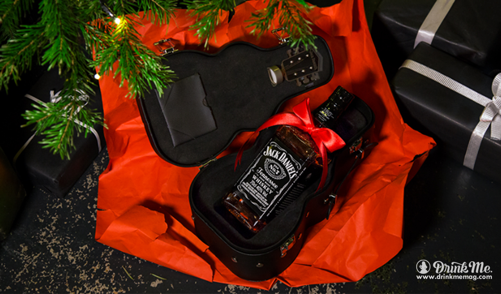 Christmas Present Jack Daniels drinkmemag.com drink me Why Whiskey was made for Christmas