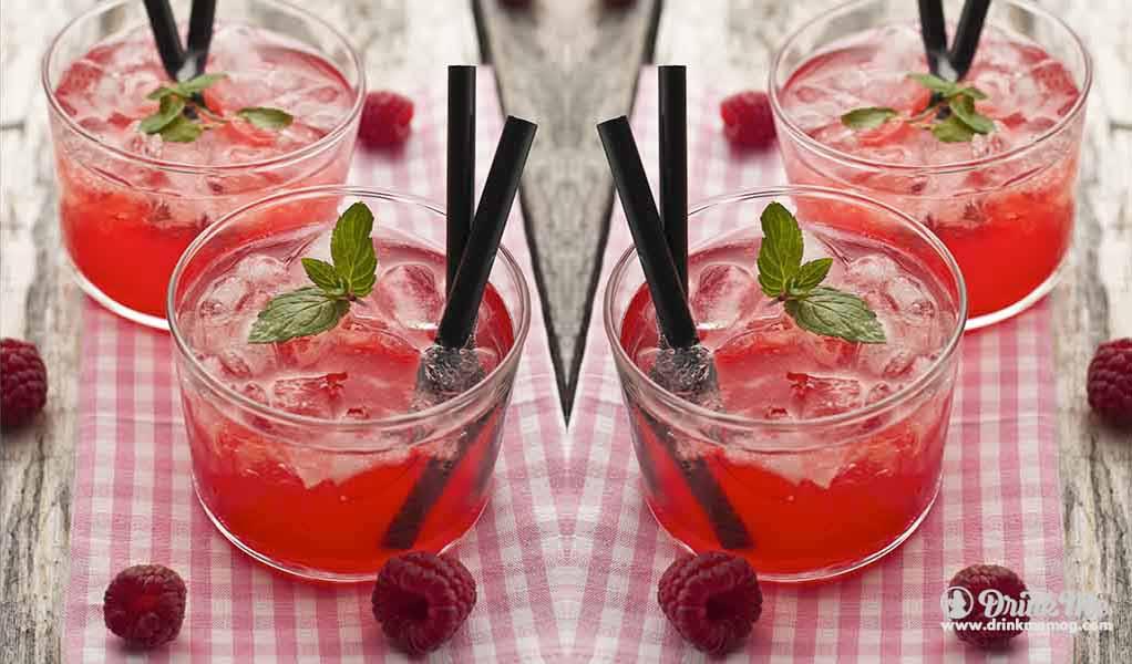 Raspberry Mint Lemonade drinkmemag.com drink me Easter Brunch Cocktails